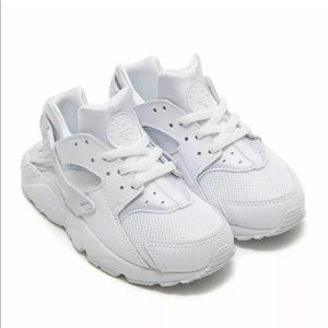 Pre school Nike huarache run all white boys new